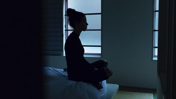 упражнения лежа на кровати для похудения